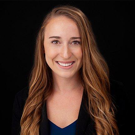 Jessica Dreiling headshot marketing consultant